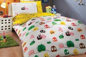pravilnii-vibor-detskogo-postelnigi-beliya